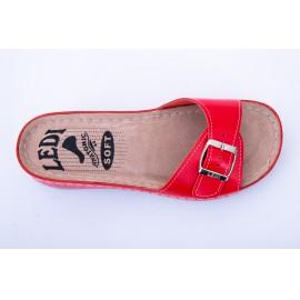 Női bőr papucs piros csatos 407/24