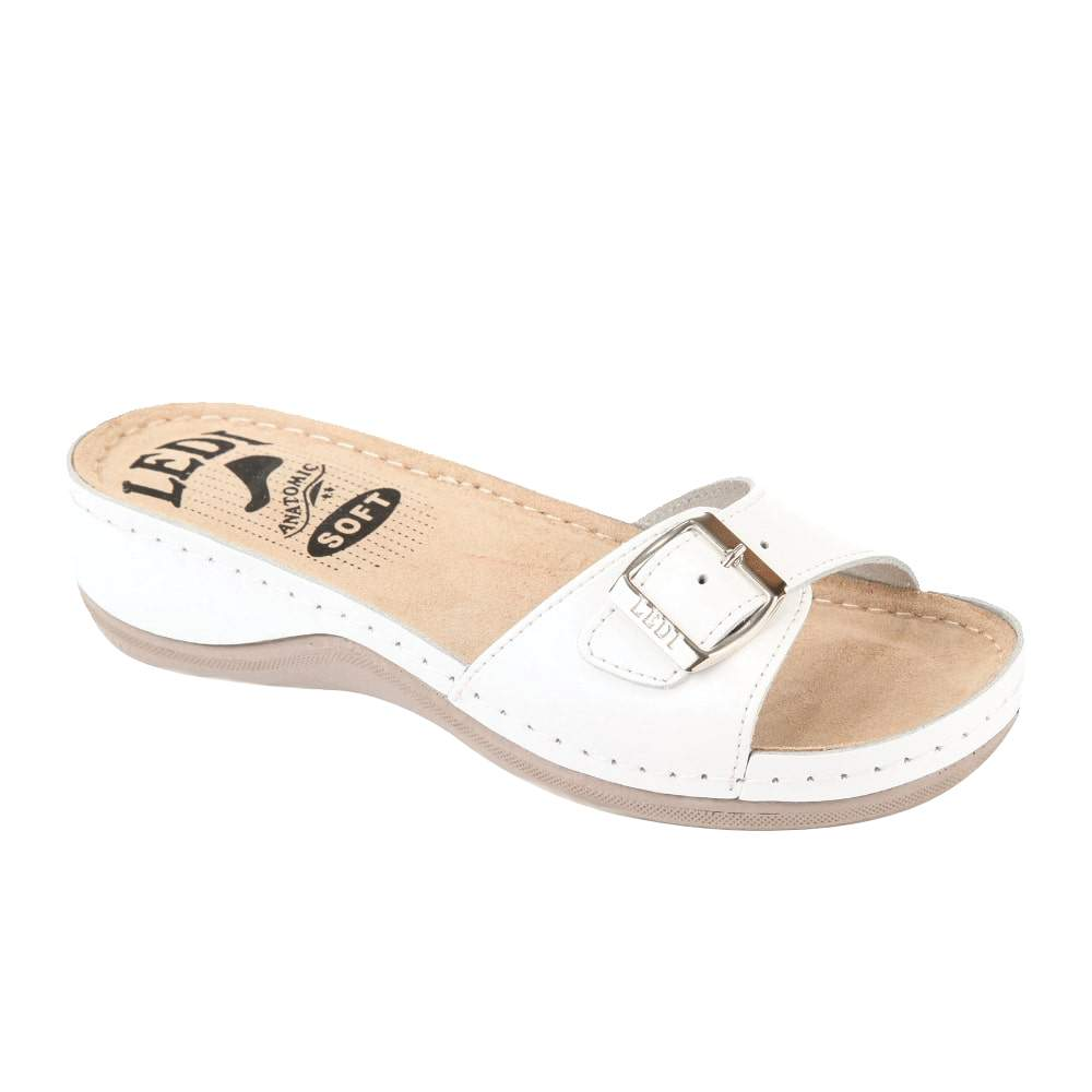 Image of 407/18 Női papucs fehér (37 méret, 39 méret, 41 méret, 36 méret, 38 méret, 40 méret)